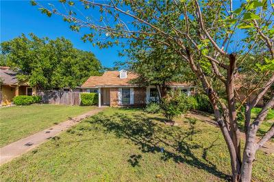 Dallas Half Duplex For Sale: 7113 Pineberry Road