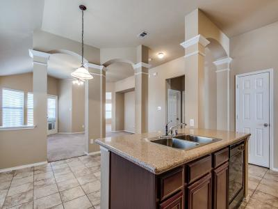 Mckinney  Residential Lease For Lease: 5128 Birchwood Drive