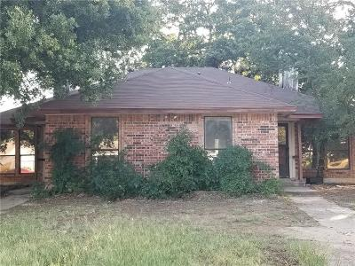 Mansfield Multi Family Home For Sale: 26 Shady Valley Court
