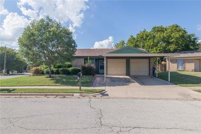 Watauga Single Family Home For Sale: 6301 Rebecca Lane
