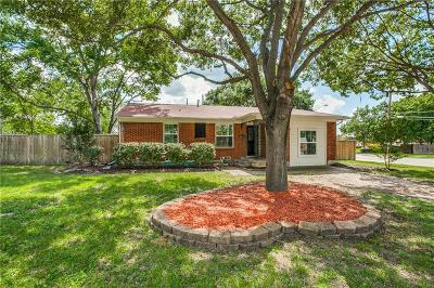Single Family Home For Sale: 445 Hanbee Street