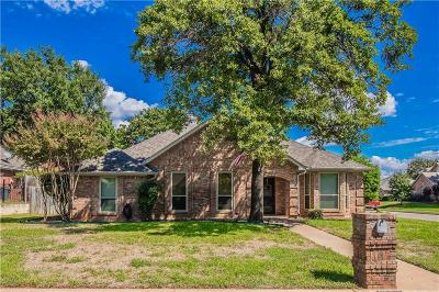 North Richland Hills Single Family Home For Sale: 7700 Aubrey Lane