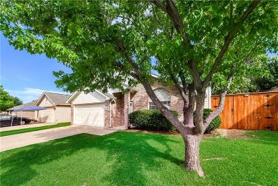 Fort Worth Single Family Home For Sale: 9009 Stillwater Trail