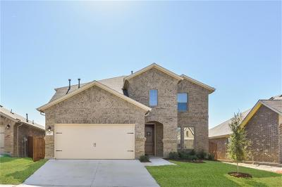 Fort Worth Single Family Home For Sale: 5657 Broad Bay Lane