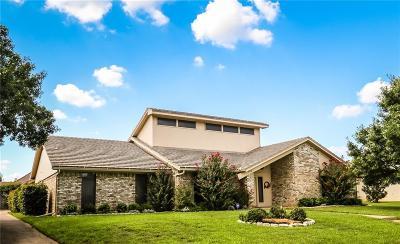 Arlington Single Family Home For Sale: 2716 Shadow Wood Drive