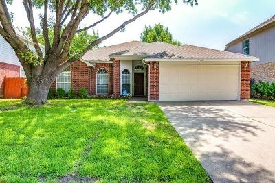 Grand Prairie Single Family Home For Sale: 3470 Galaway Bay Drive