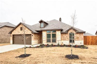 Burleson Single Family Home For Sale: 1542 Grassy Meadows Drive