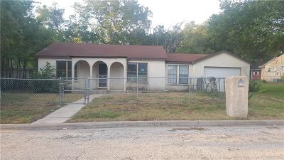 White Settlement Single Family Home For Sale: 8213 Carlos Street
