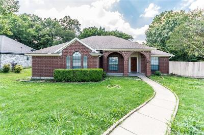 Garland Single Family Home For Sale: 2033 Oakglen Drive
