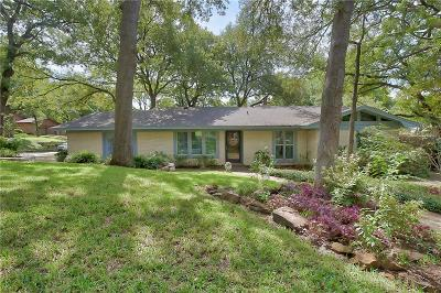 Grapevine Single Family Home For Sale: 3005 Oak Forest Drive