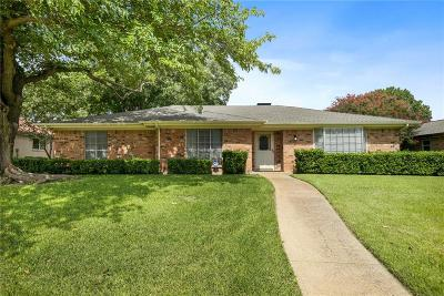 Plano Single Family Home For Sale: 2405 Creekcove Drive