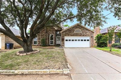 Fort Worth Single Family Home For Sale: 8728 Mystic Trail