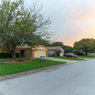 Fort Worth TX Single Family Home For Sale: $141,900