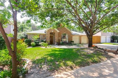 Grapevine Single Family Home For Sale: 2517 Springhill Drive