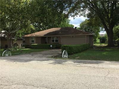 Desoto Single Family Home For Sale: 1326 Wintergreen Court