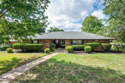 Grapevine Single Family Home For Sale: 1831 Everglade Court