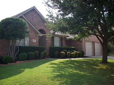 Mansfield Single Family Home For Sale: 2108 Perry Drive
