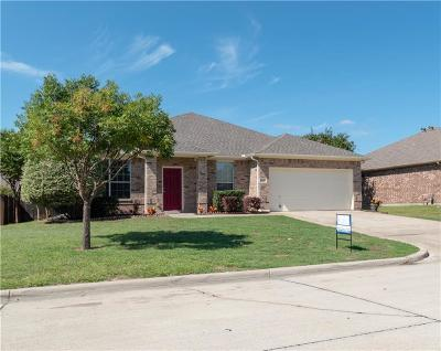 Mansfield Single Family Home For Sale: 713 Bowie Lane