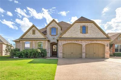 Granbury Single Family Home For Sale: 1303 Amsterdam Court