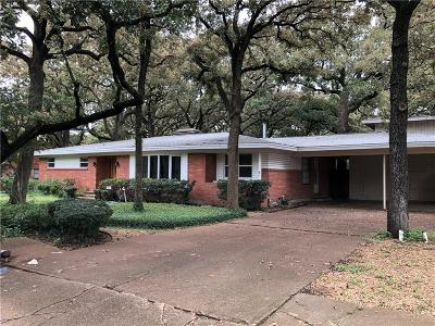 Irving Single Family Home For Sale: 405 Lincolnshire Drive
