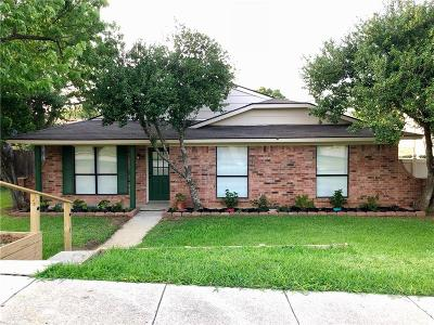 Lewisville Single Family Home For Sale: 705 Walnut Drive