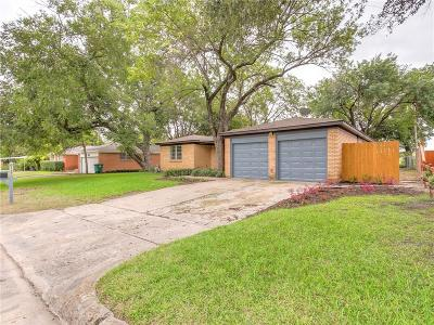 Dallas, Fort Worth Single Family Home For Sale: 6117 Saint Johns Lane