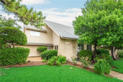 University Estates Single Family Home For Sale: 1801 Auburn Drive