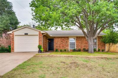 North Richland Hills TX Single Family Home For Sale: $180,000