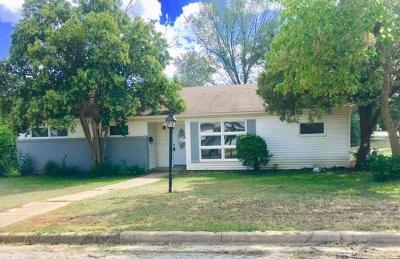 Haltom City Single Family Home For Sale: 5100 Roxie Street