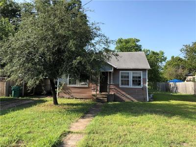 Single Family Home For Sale: 106 W Tutt Street