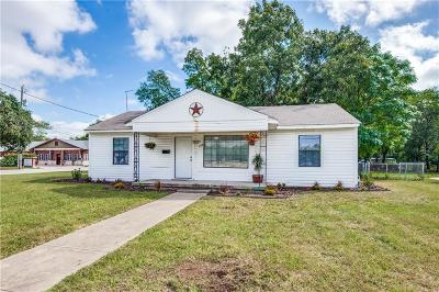 Lewisville Single Family Home For Sale: 208 S Cowan Avenue