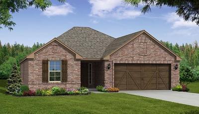 Celina Single Family Home For Sale: 6120 Hightower Street