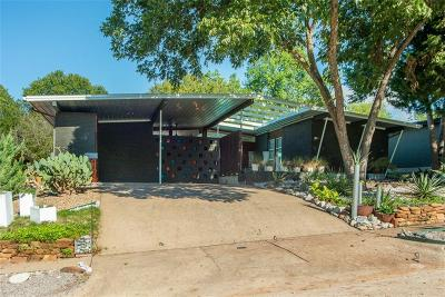 Single Family Home Active Contingent: 8719 Stanwood Drive