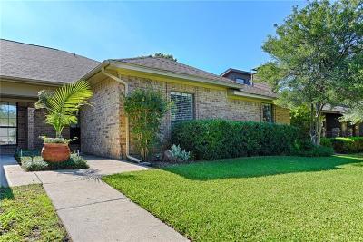 Addison Half Duplex For Sale: 4004 Morman Lane