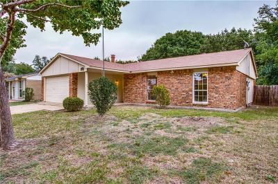 Grand Prairie Single Family Home For Sale: 4905 California Trail