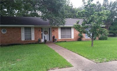Benbrook Single Family Home For Sale: 4000 Sundown Drive