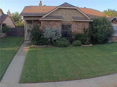 Euless Residential Lease For Lease: 602 Canterbury Street