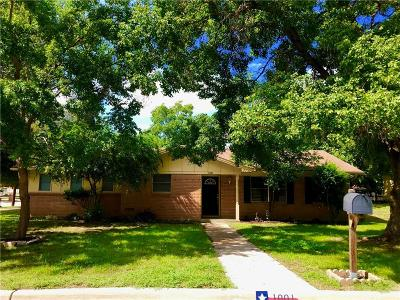 Hurst Residential Lease For Lease: 1001 Mary Drive