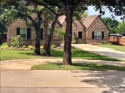 North Richland Hills Single Family Home For Sale: 8708 Stewart Drive