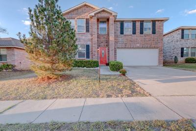 Fort Worth Single Family Home For Sale: 1957 Riverchase Lane