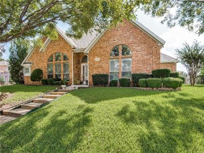 North Richland Hills Single Family Home For Sale: 6356 Meadow Lakes Drive
