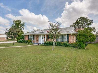 Mesquite Single Family Home Active Option Contract: 2500 Eastbrook Drive