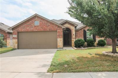 Fort Worth Single Family Home For Sale: 14404 Artisan Drive