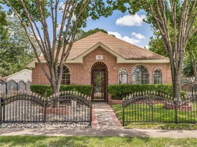 Single Family Home For Sale: 1102 Cedar Hill Avenue