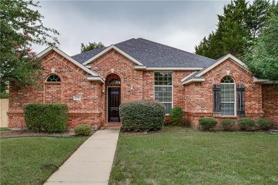 Single Family Home For Sale: 1518 Natalie Lane