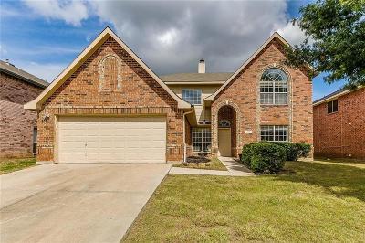 Arlington Single Family Home For Sale: 217 Matlock Meadow Drive