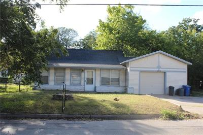 Single Family Home For Sale: 3309 Delaware Trail