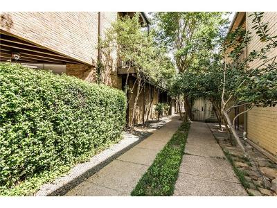 Condo For Sale: 3722 Holland Avenue #1