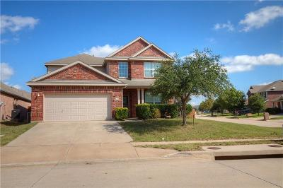 Fort Worth Single Family Home For Sale: 3925 Foreland Drive