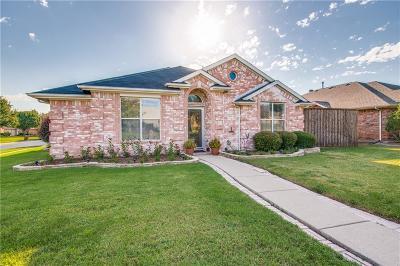 Frisco Single Family Home For Sale: 8806 Oakwood Lane